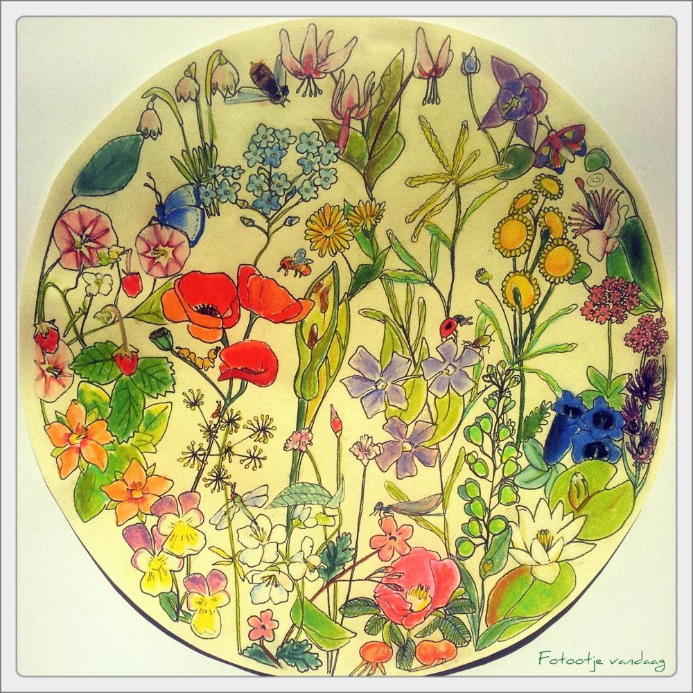 World of flowers A3, inkt en pastel